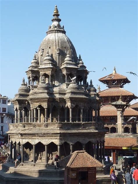 patan krishna temple photo