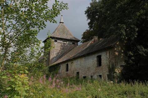 Vervallen Kasteel Te Koop Frankrijk by Oldtimers Info En Mystieke Plaatsen