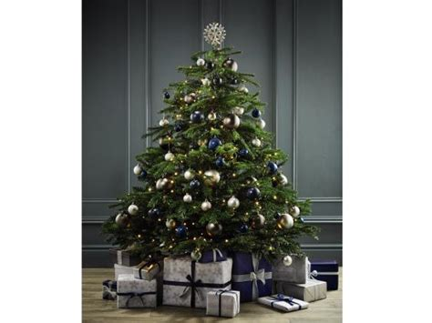 bq half price christmas trees sale 100 pre lit trees bq b u0026q aw14 press day oh hi diyoh hi diy pre lit hinge