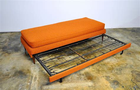 select modern danish modern sofa  daybed  trundle