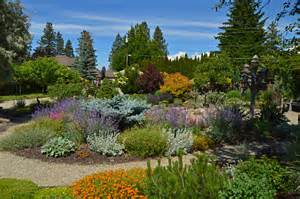 Landscape Architecture Kelowna Pin Exle Of Xeriscape Designs Wins Award For Low Water