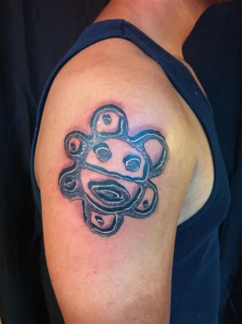 sol taino tattoo designs left shoulder grey ink taino sun