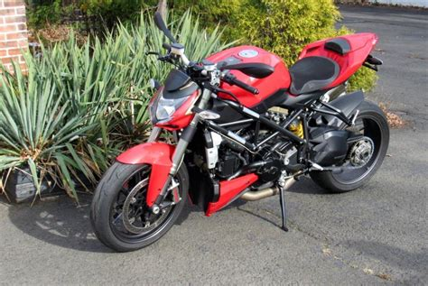Ducati Streetfighter 2010 112 Maisto ducati streetfighter motorcycles for sale