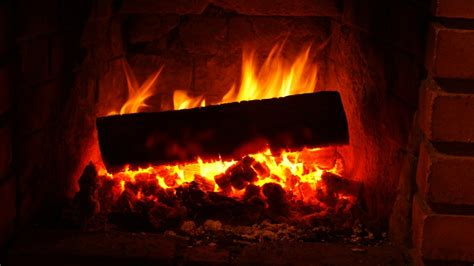 screensaver camino acceso 9 lovely hd fireplace wallpapers hdwallsource