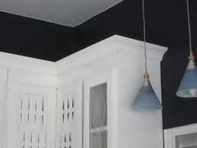 Pictures Of Crown Molding On Kitchen Cabinets Installation Crown Moulding Home Design Ideas