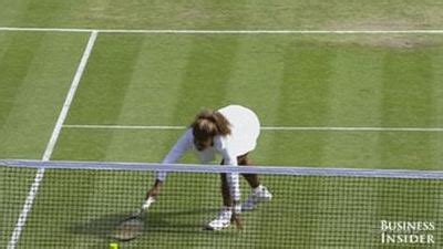 serena williams bench press serena williams disoriented withdraws from wimbledon
