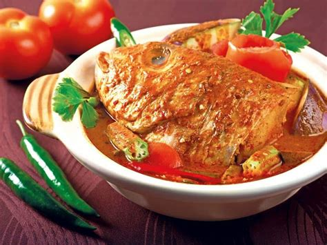 rekomendasi makanan  singapura  dijamin halal