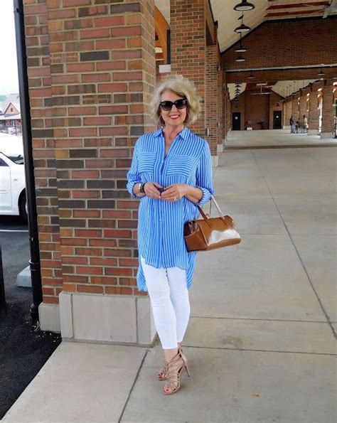 how to look trendy at 60 the 25 best ideas about fifty not frumpy on pinterest