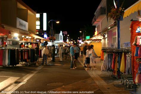 rue pietonne la nuit IMG 3908 Camping Saint Jean de Monts Le Logis
