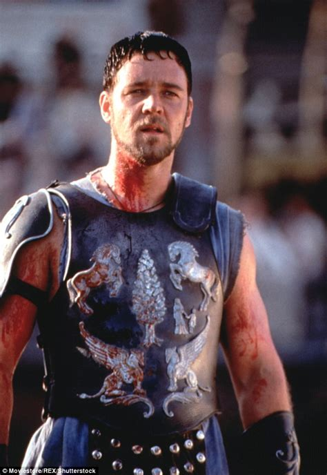 new film like gladiator russell crowe reveals he s lost 24 kgs after gaining