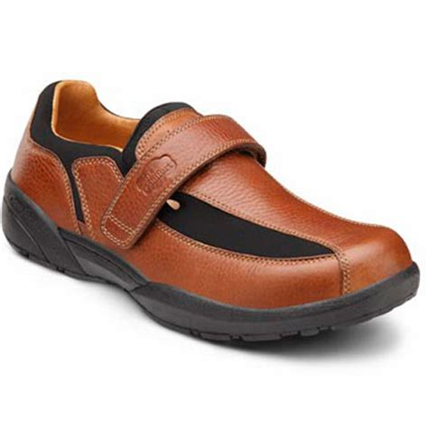 comfort shoe store dr comfort douglas men s therapeutic diabetic extra depth