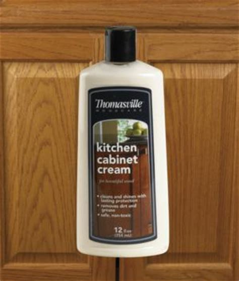 kitchen cabinet cleaner and polish thomasville kitchen cabinet cream cleaning solutions