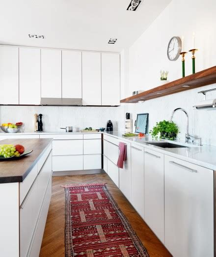 Rugs In Kitchen by Monday In The Kitchen Accessorizing With Rugs Design