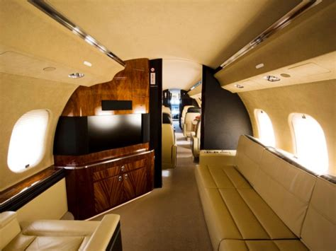 Global Express Interior by Bombardier Global Express Xrs Buying Guide Vanallen