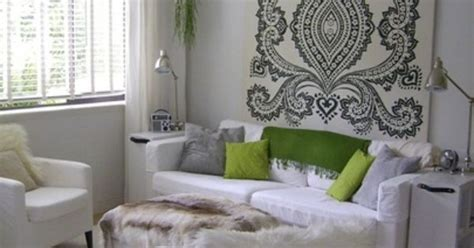 """Jennifer's """"Surprise on the Inside"""" Ranch   Fabric wall"""