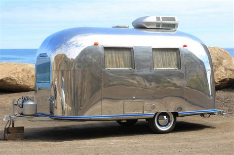 Large Awning Windows Vintage 1967 Airstream Caravel Camper Trailer For Sale