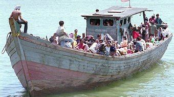 refugee boats coming to australia boat people un christian spectacularly wrong mr abbott