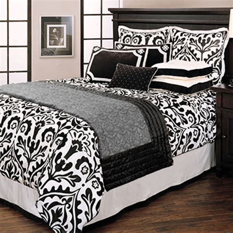 Black And Comforters by Black And White Bedding Black And White Bedding Bedroom Ideas Pictures