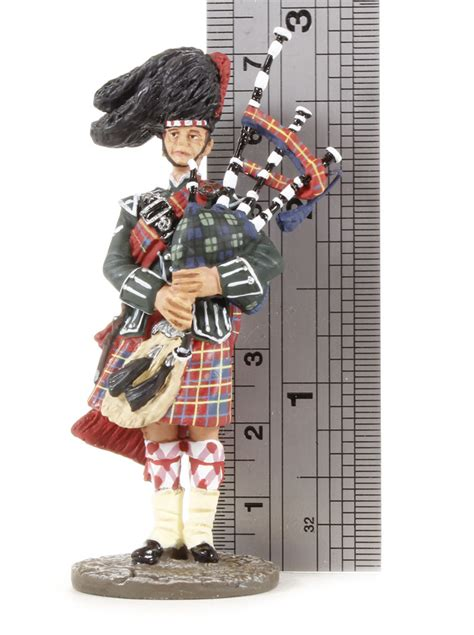 edinburgh tattoo lone piper list hattons co uk w britain 10016 the lone piper from the