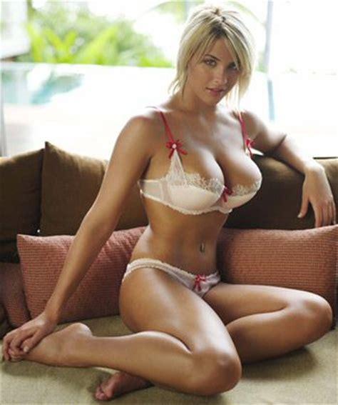 Fiona Brattle Leaked Nude Photo
