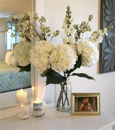 Floral Decorations For Home by 25 Best Ideas About Fake Flowers Decor On Pinterest