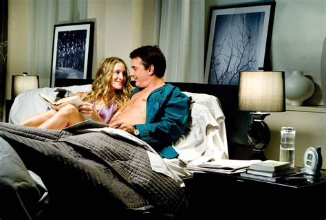 carrie bradshaw bedroom mr big sleeps on anichini anichini media