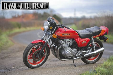 honda cb 900 honda cb900f road test motorbikes