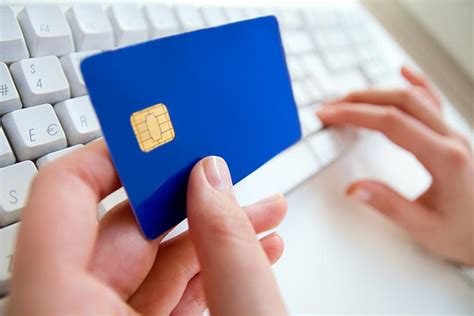 What Happens If I Lose A Gift Card - what happens if your credit card or debit card is stolen