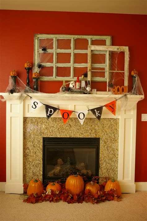 mantel decor 50 great halloween mantel decorating ideas digsdigs