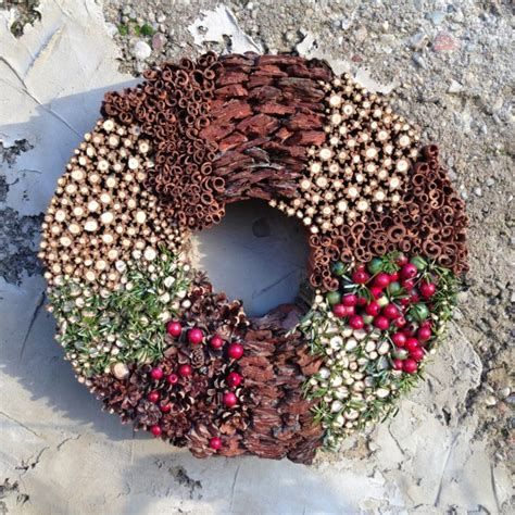 Handmade Wreath Ideas - 24 whimsical handmade wreath ideas
