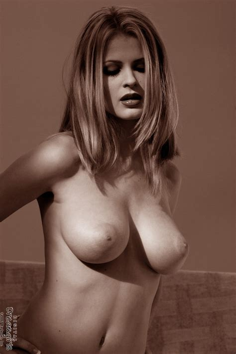 Naked Chantelle Fontain Black And White Photos 1 Of 2