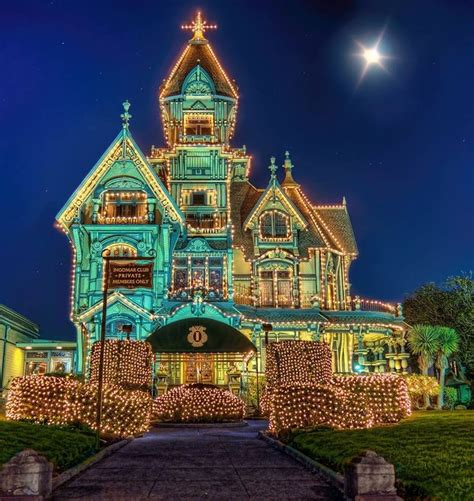 xmas lights eurekaca lighted carson mansion eureka california awesome abodes lights