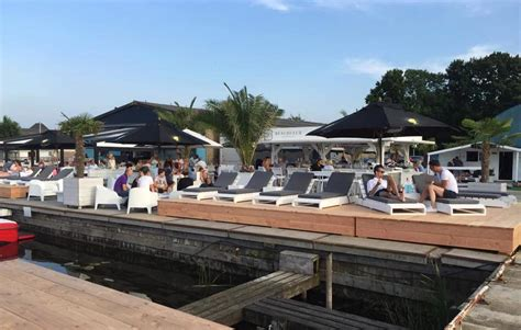 beachclub loosdrecht heerlijk loungen gooische tam tam - Loosdrecht Strandtent