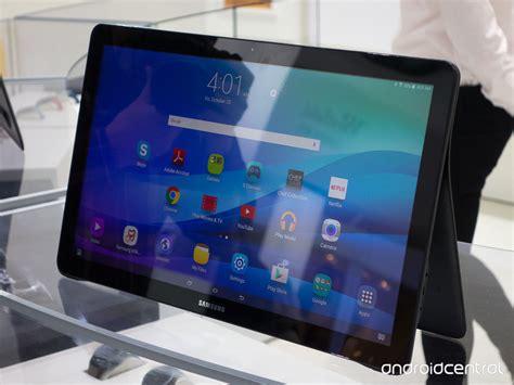 Tablet Samsung View samsung annonce la galaxy view une immense tablette de 18