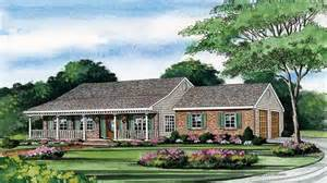 One Story House Plans With Wrap Around Porches by One Story House Plans With Porch One Story House Plans