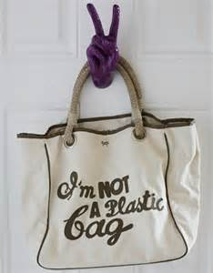 The New Im Not A Plastic Bag Says Plastic Aint My Bag by Cameron S New Trade Envoys Tamara Mellon And Anya