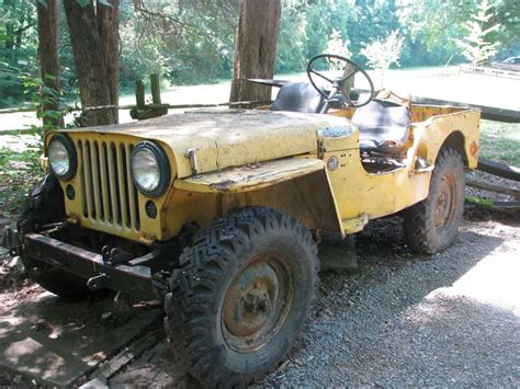 Old Yellow Jeep Vintage Jeep Pinterest Yellow Olds