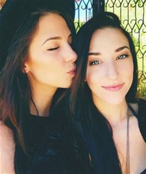 Ash Digger Makes Chrissy Smile by Ally And Stevie Boebi By We It Ally