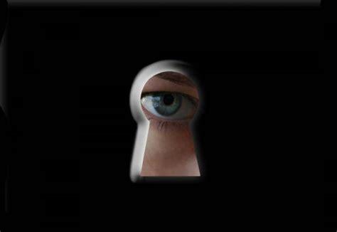 filme schauen the informer espionnage la france aussi a son big brother actualutte