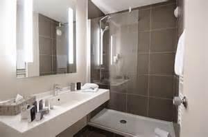 r 233 novation salle de bain