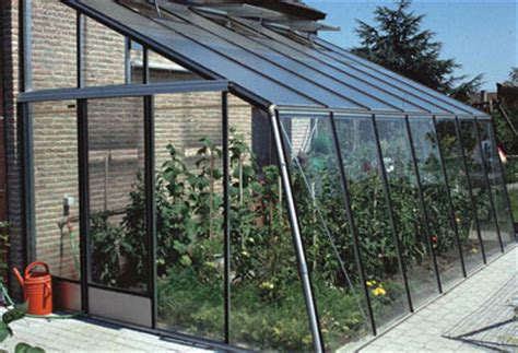 Formidable Serre De Jardin Fait Maison #2: serre-adossee-main-2373530.jpg