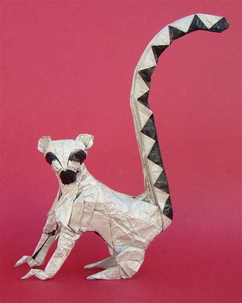 Origami Lemur - 50 exles of origami paper