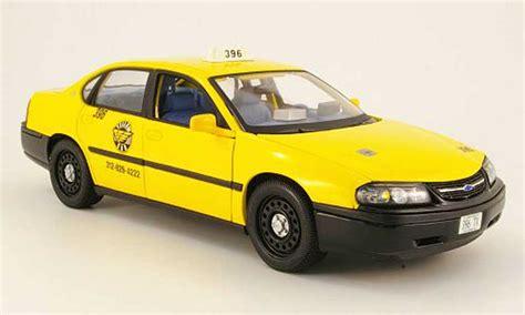 chevy impala taxi chevrolet impala taxi gelb americain maisto modellauto 1