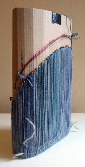 diy bohemian rug  cardboard loom