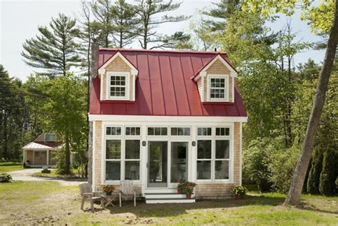 tiny houses maine oceanside tiny home in maine tiny house town tiny