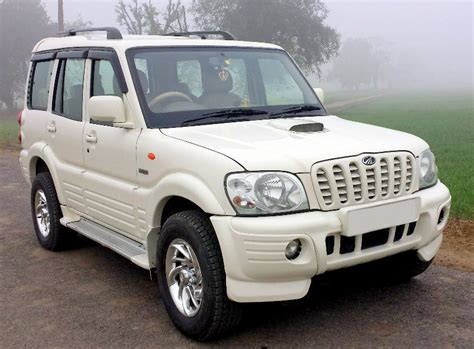 most comfortable suv in india mahindra xylo muv spacious comfortable muv in india