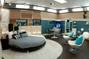 big bedrooms video photos tour of the big brother 13 house with julie