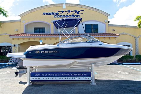 boat bowrider sale used 2010 regal 1900 bowrider boat for sale in west palm