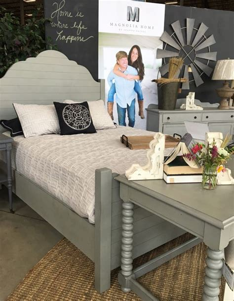 joanna gaines shiplap 872 best images about magnolia homes fixer upper on