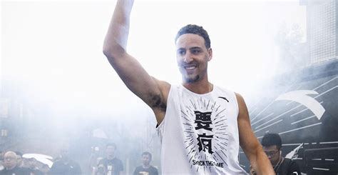 new year klay thompson warriors guard klay thompson signs 10 year extension with anta